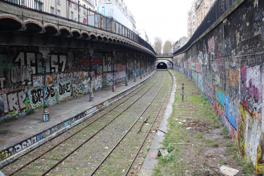 1ac52cb9504f La Petite Ceinture   Retour sur un Graffiti spot parisien   Not Only ...