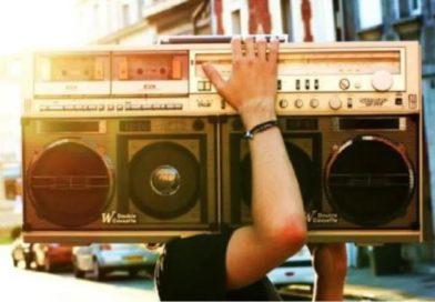 Les 5 meilleures radios streaming à écouter calmement chez soi ! (Jazz, Soul, Funk, Rap)